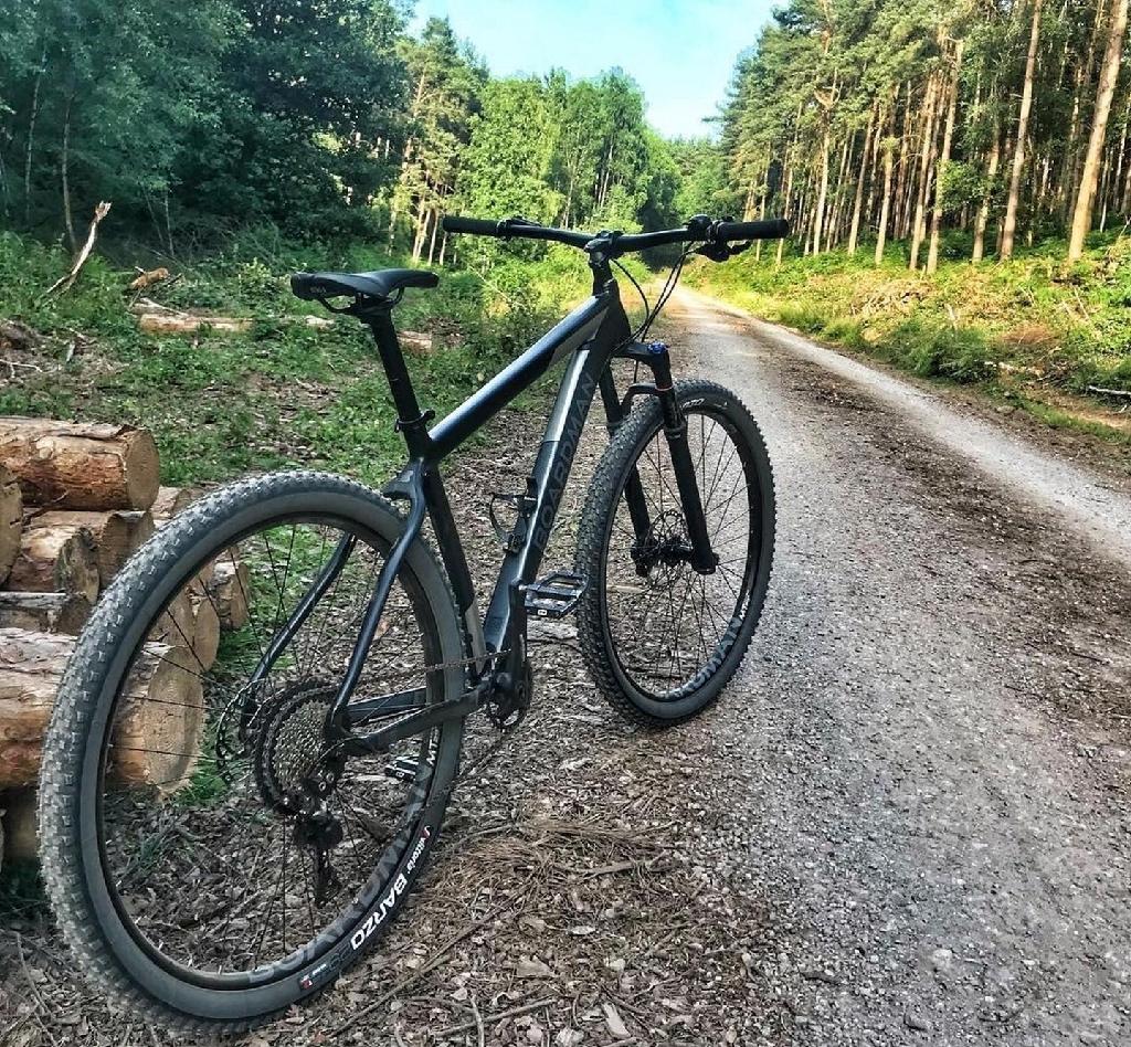 Boardman MHT 8.9 Mountain Bike