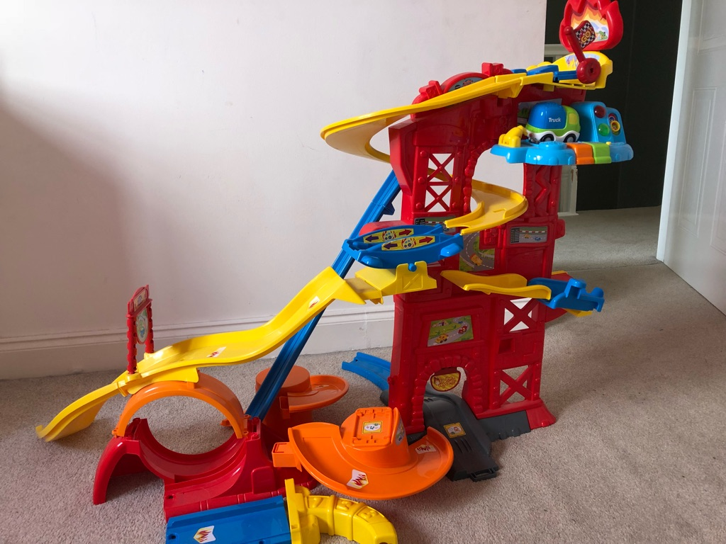 Child's toot toot car track and car