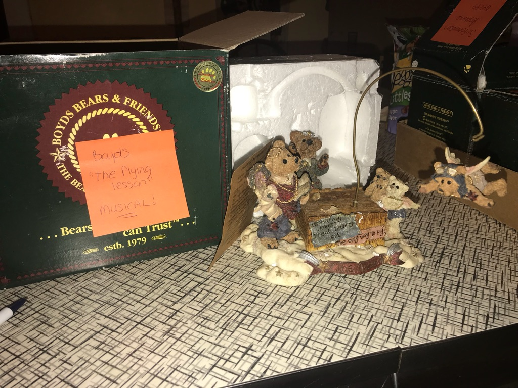 Collectible Boyd's bear figurines