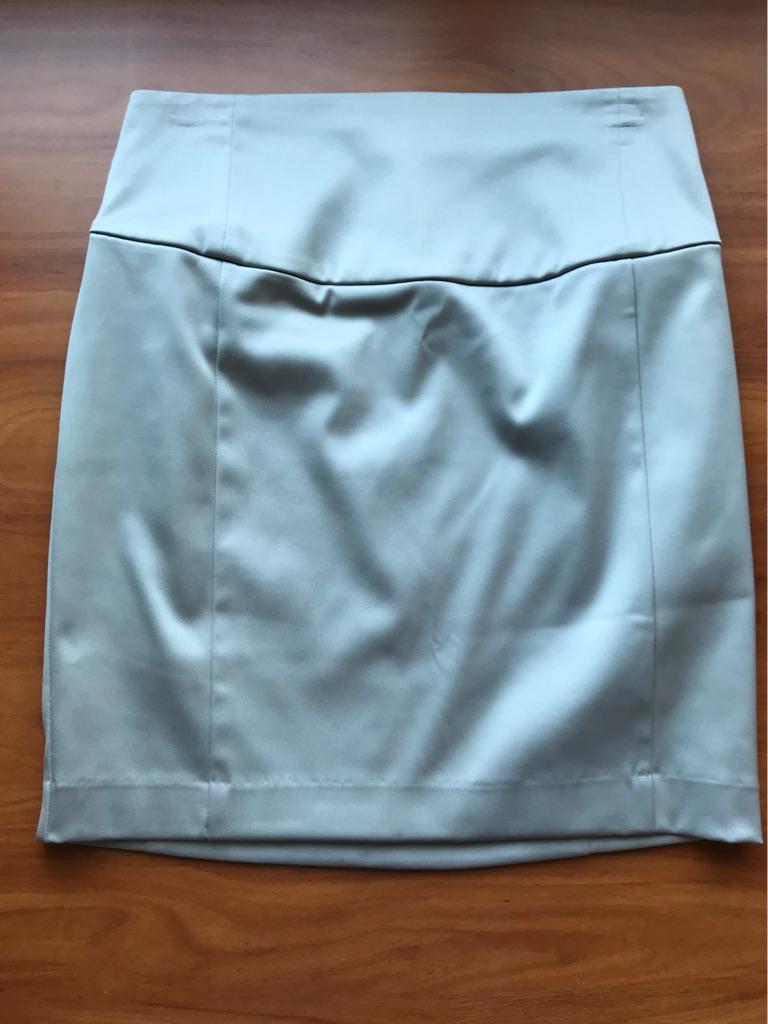 Express Design Studio Pencil Skirt - size 6
