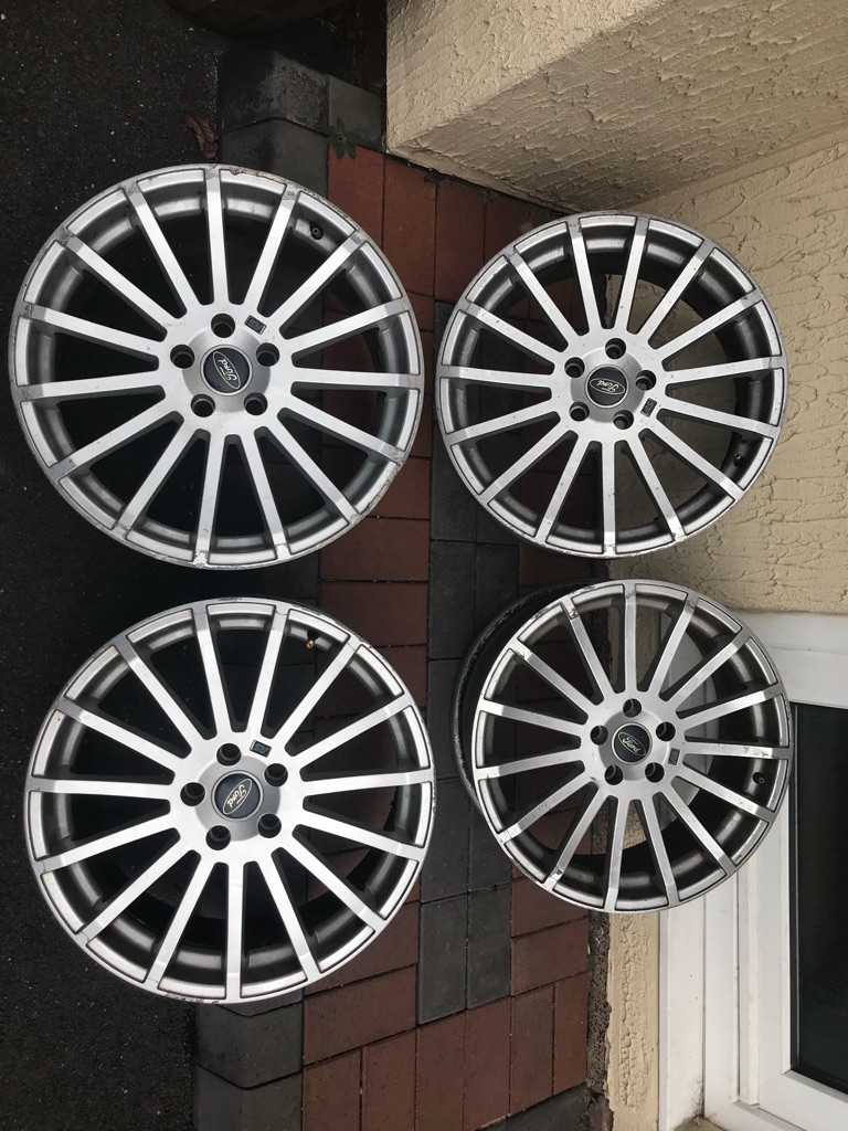 Ford Focus rs alloys