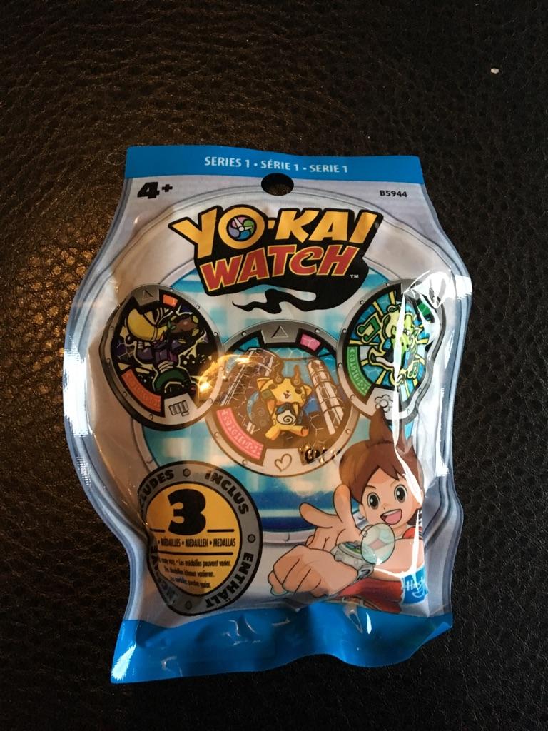 Yo-Kai Watch Bundle (2X Figures + 2X Medals)