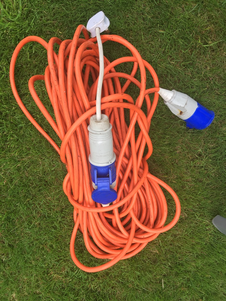 Caravan 240v extension cable - FOR COLLECTION