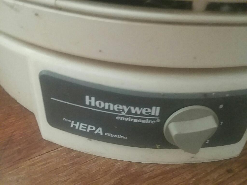 Honeywell True HEPA filtration humidifier