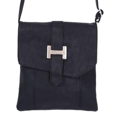 Cold shoulder messenger bag