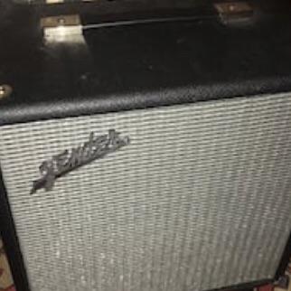 70 watt Rumble Fender bass amplifier