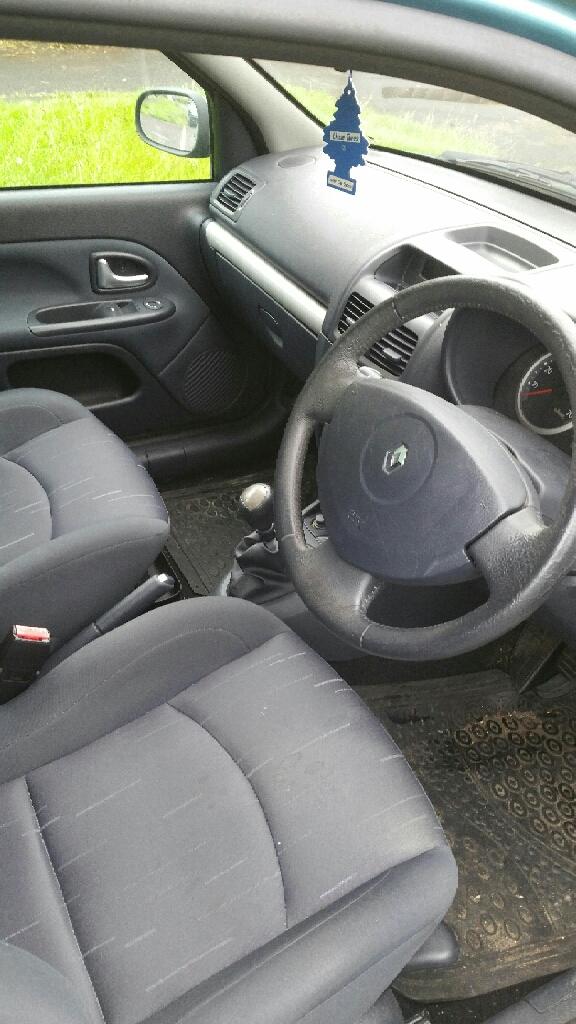 Blue Renault clip dynamique 1.4 petrol