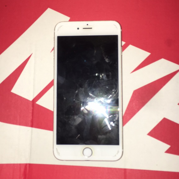 Iphone 6 plus brand new unloccd carrier