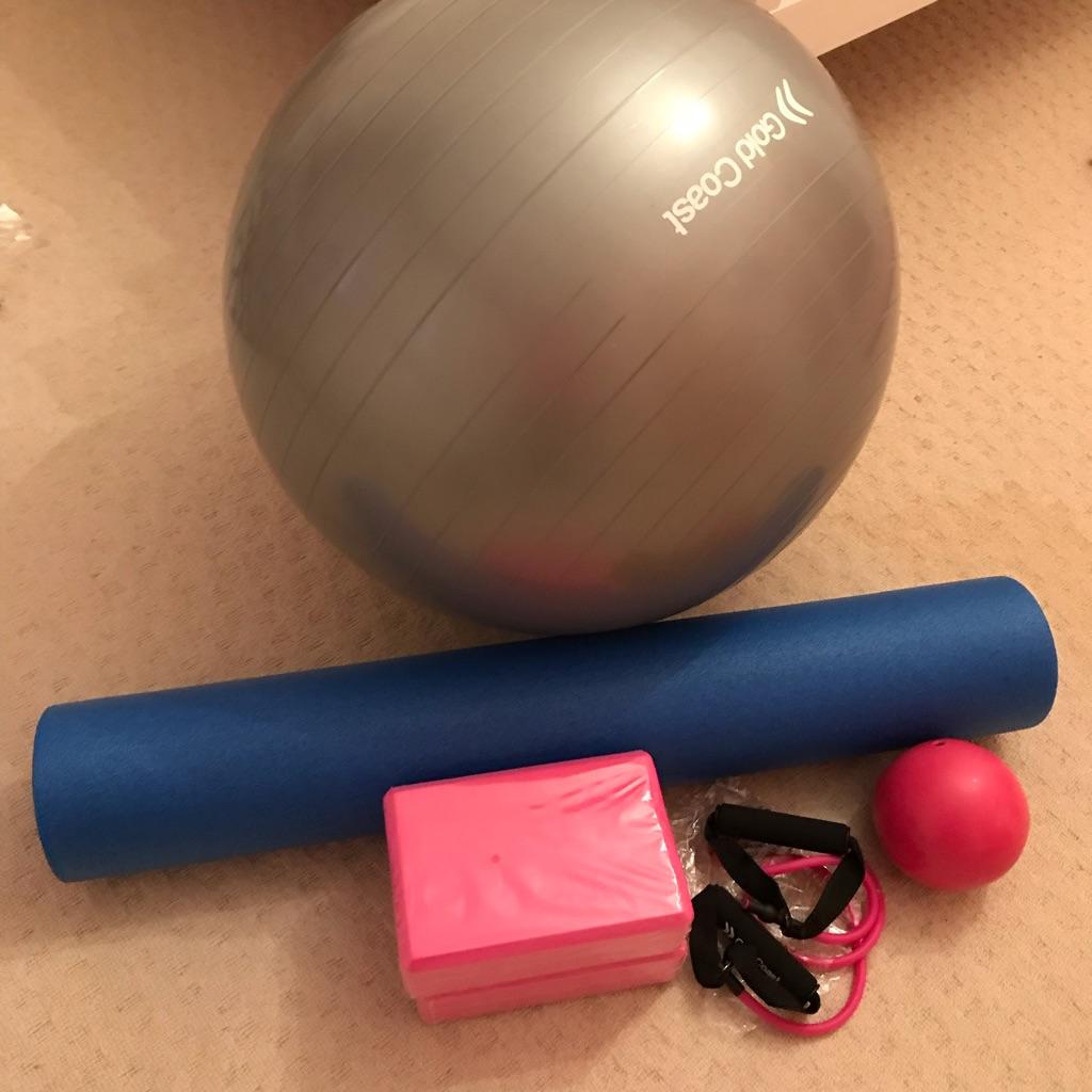 Yoga/Pilates/gym equipment