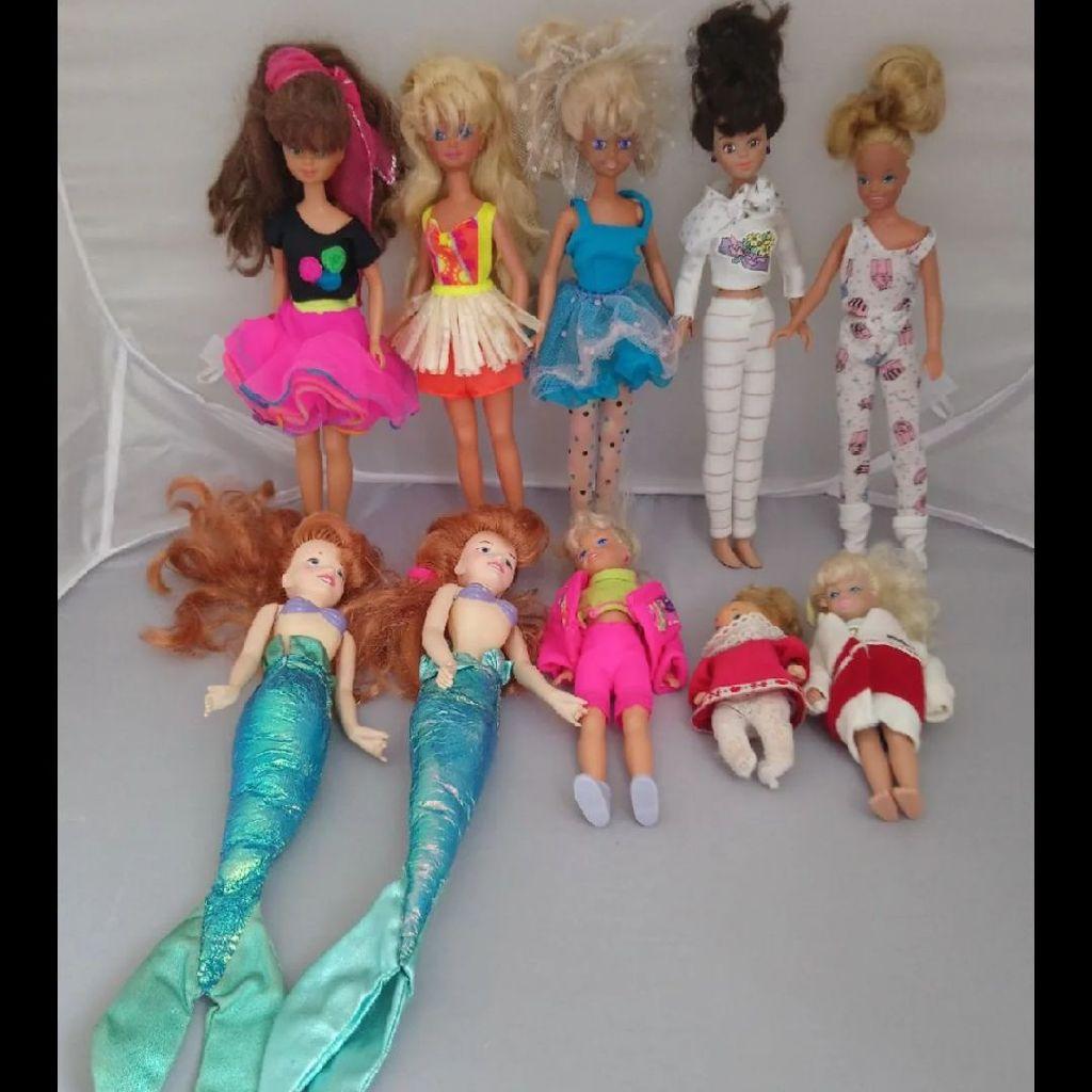 Lot of 10 Dolls