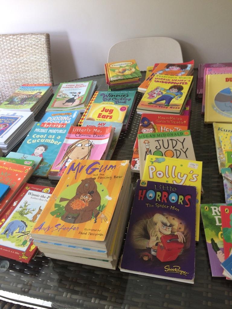 One hundred children's books