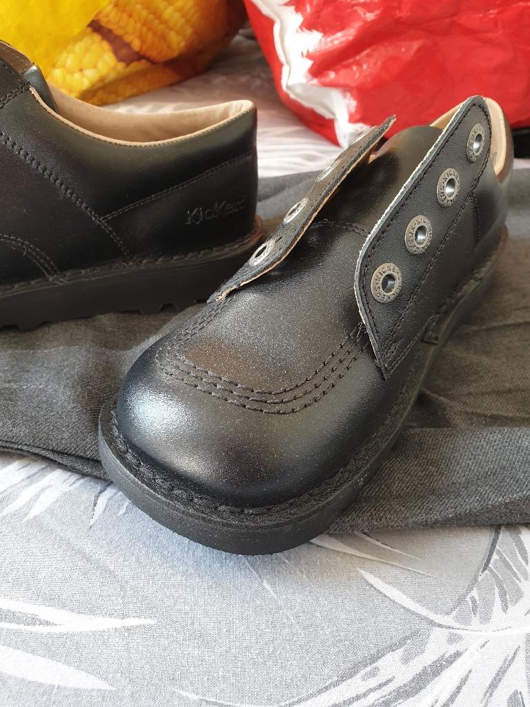 Girls kickers