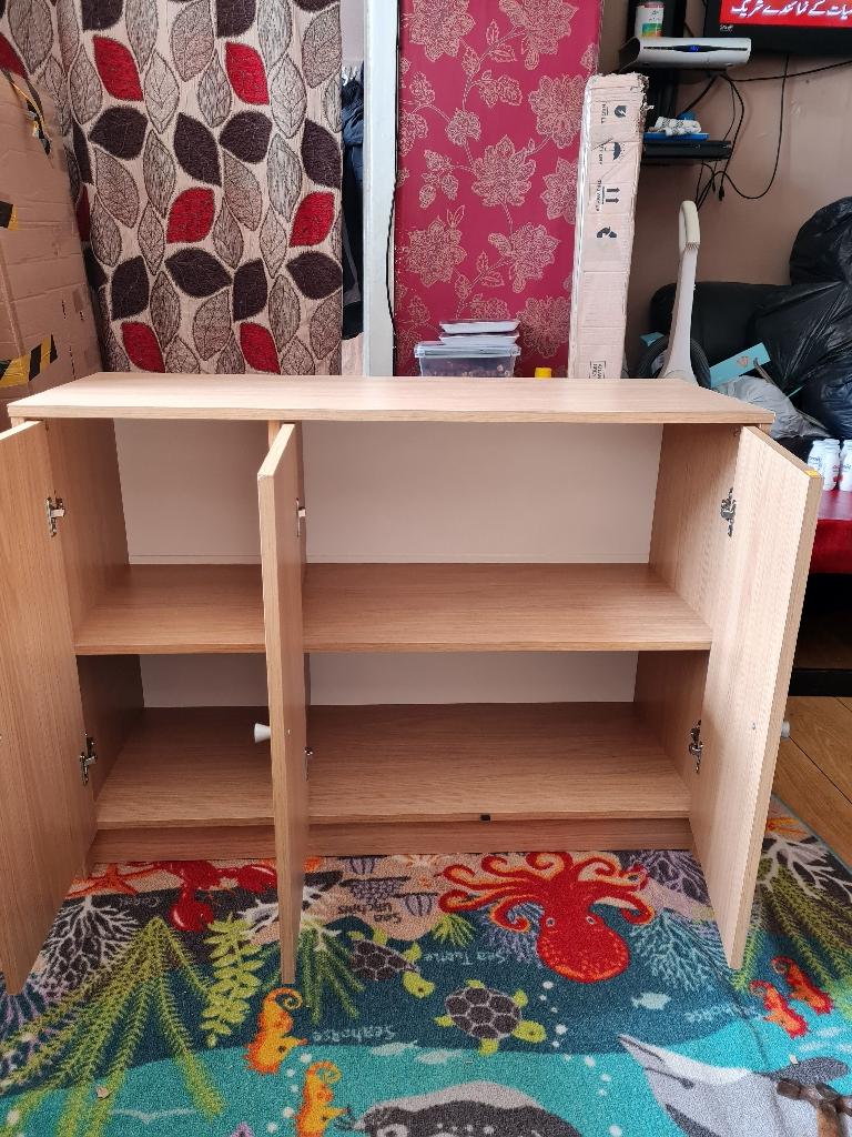 New oak colour unit £150