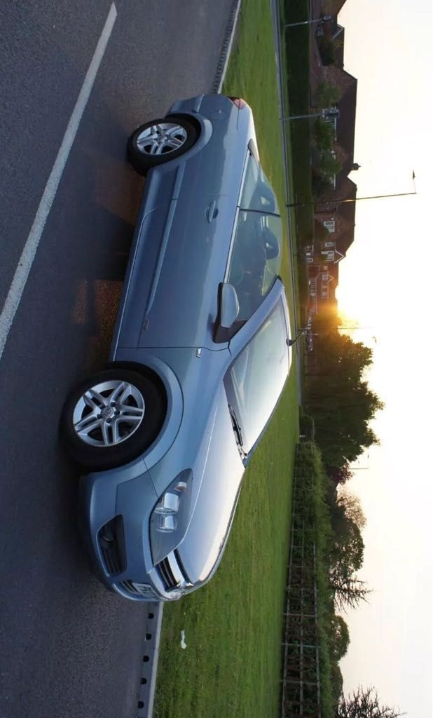 Vauxhall astra twin top convertable 2007