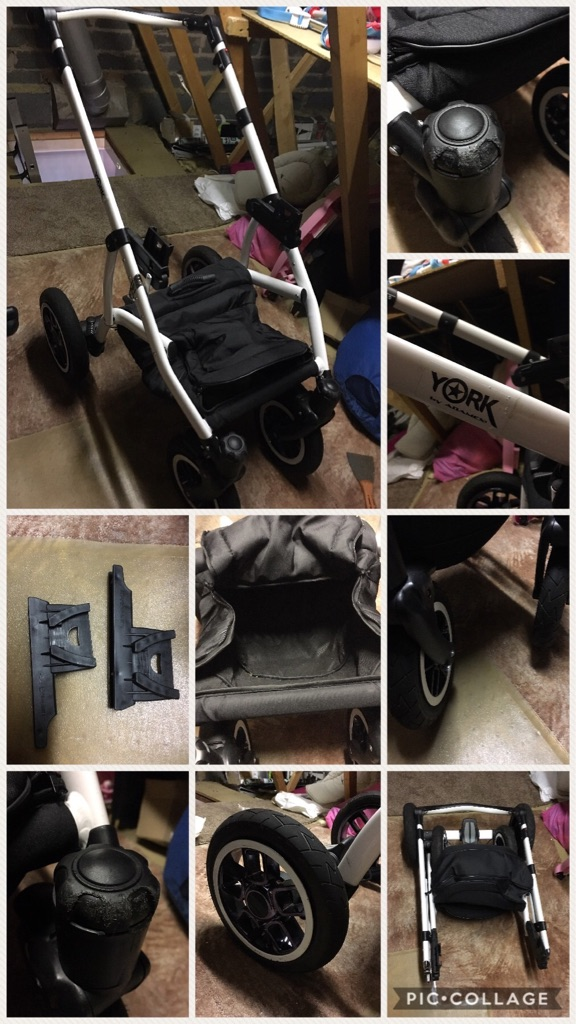 White and Navy 3 In 1 Travel System