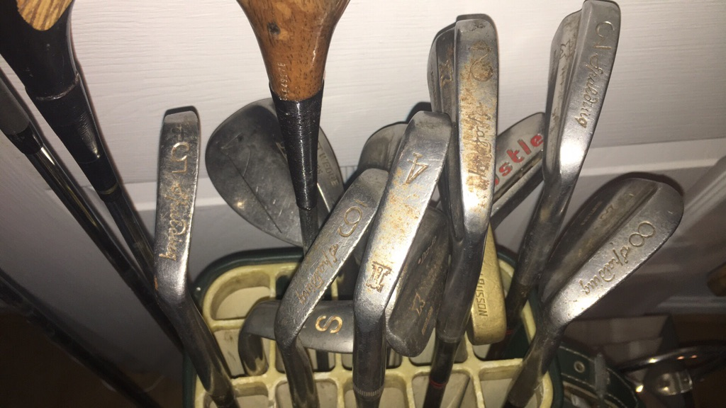 16 rare vintage golf clubs with bag