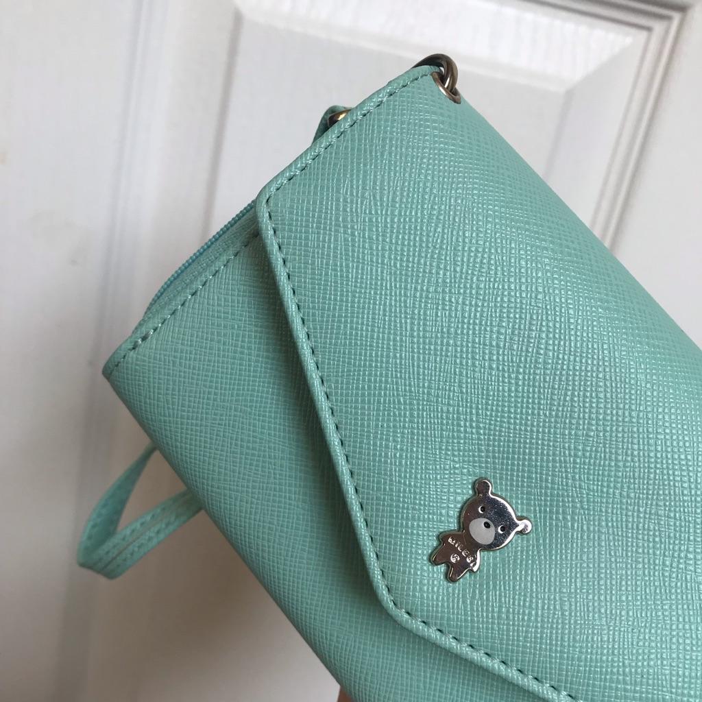 Cute Tiffany-blue purse
