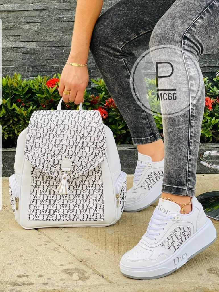 Fashion sets  sneakers & bags