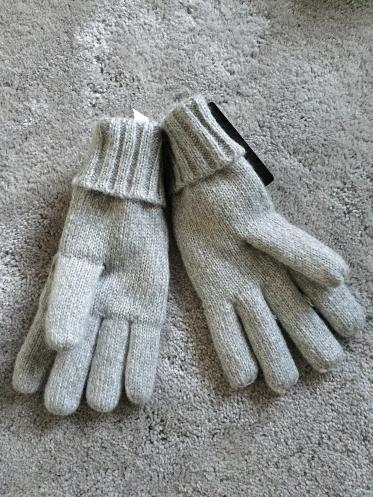 Ladies thinsulate thermal grey winter gloves