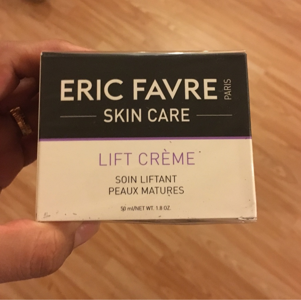 Face lifting day cream