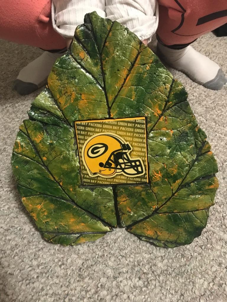 Packer leaf