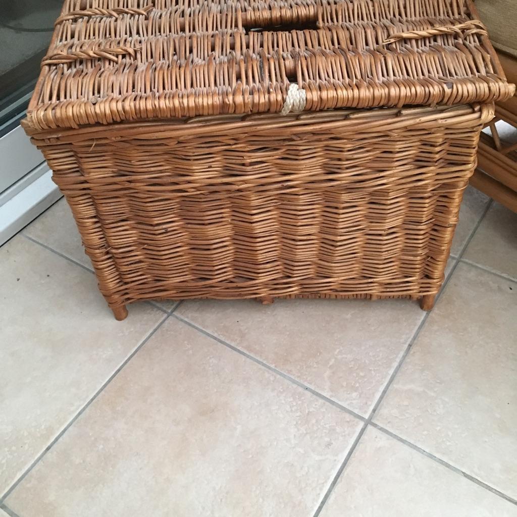 Fishing Basket-& Gear