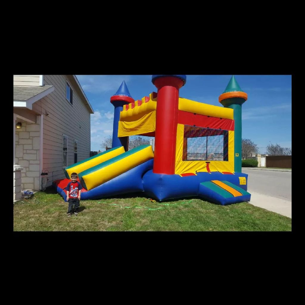 $100 rental on huge 15x15 bouncy castle with slide and ceiling to protect from sun