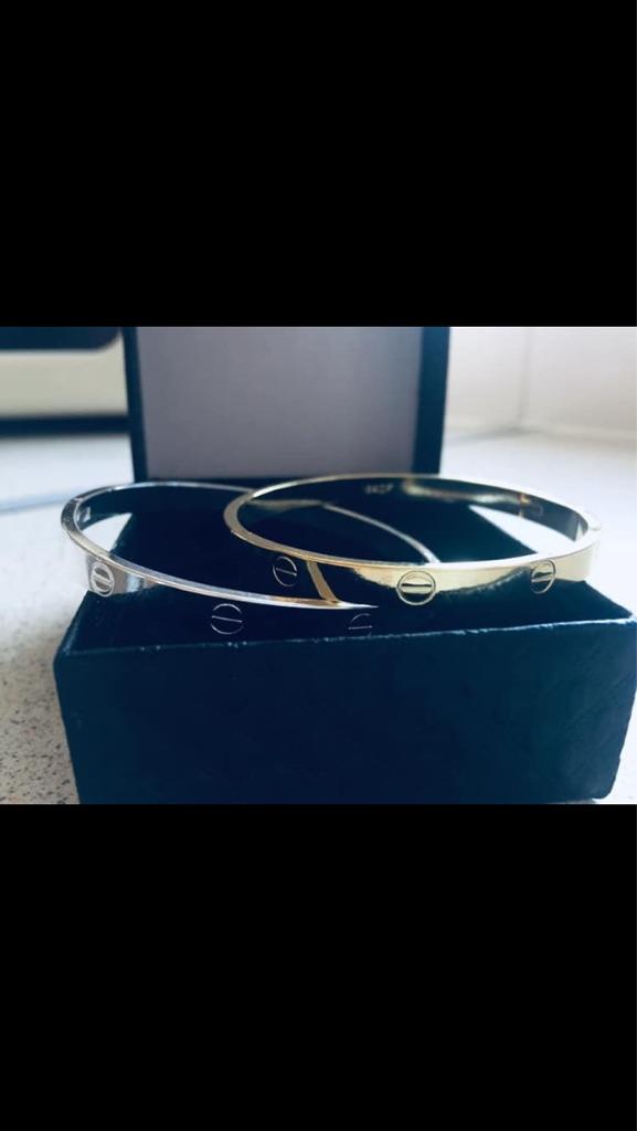 Screw bracelets