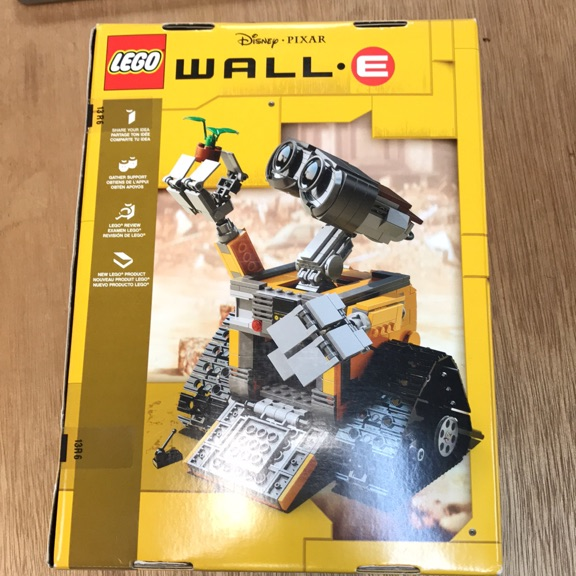 Wall E Lego collection