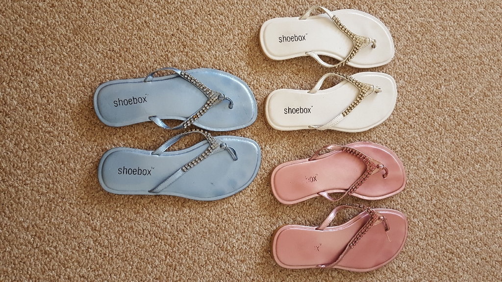 Shoebox Diamonte Flip Flops