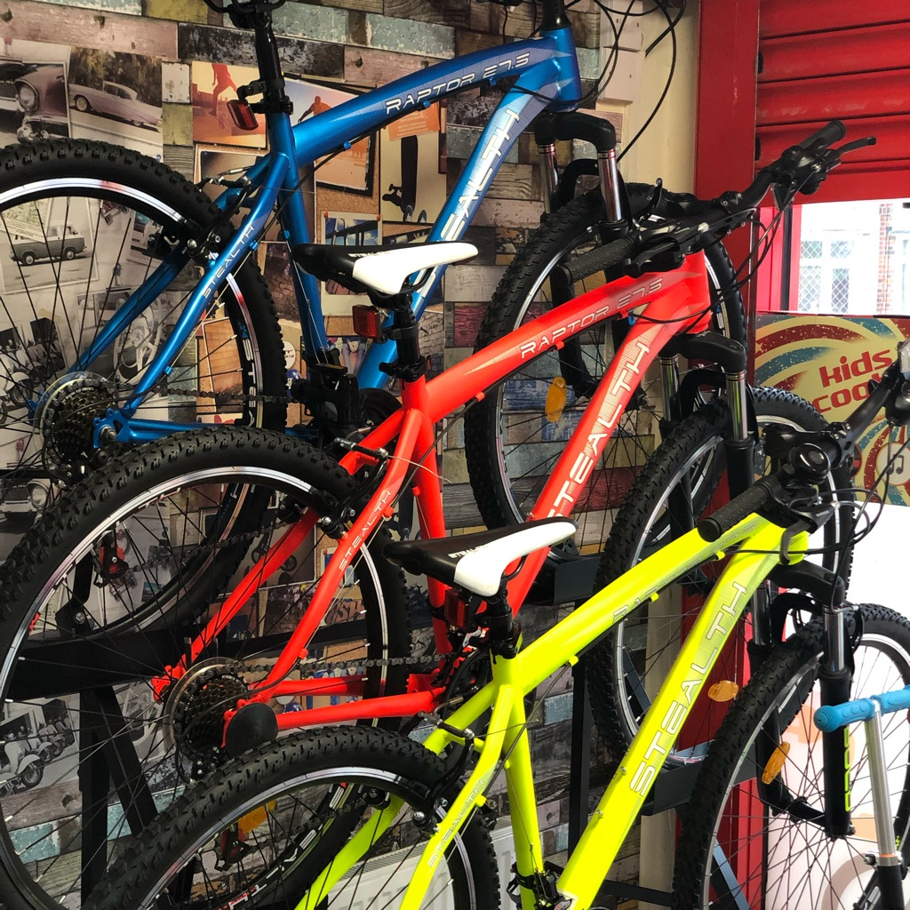 Stealth Mountain Bicycle in 3 Colours NEW