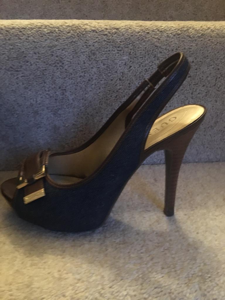 Guess pair of open heels