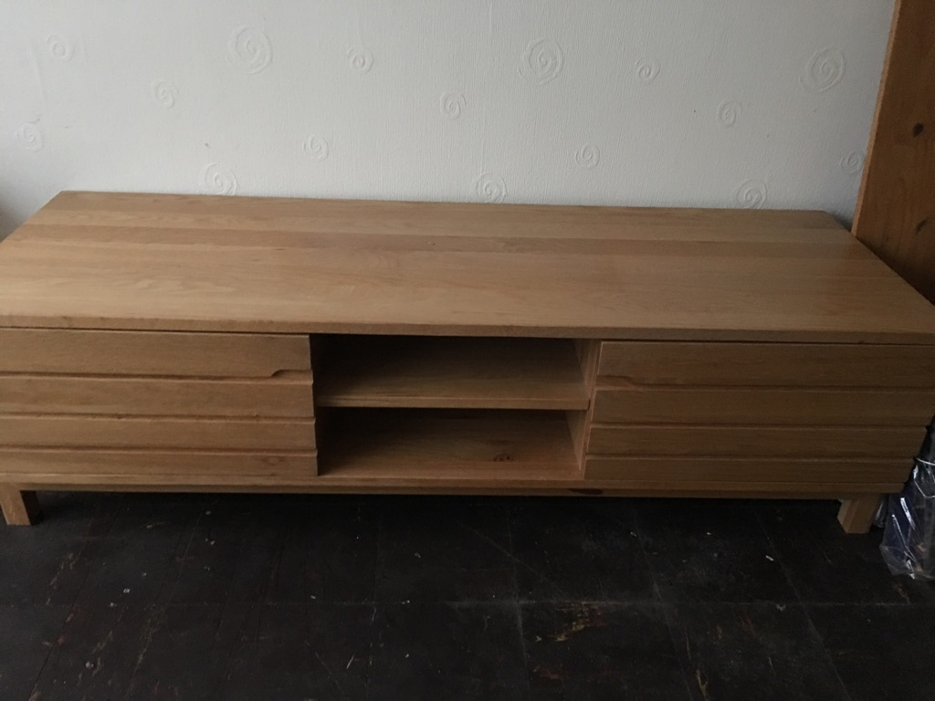 Solid oak tv unit £100 - 3 piece bedroom set £100