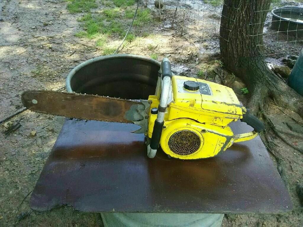 McCulloch 1-71 chainsaw