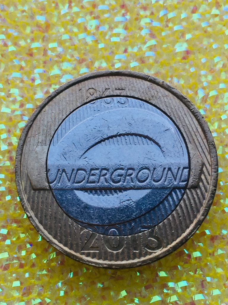 2 pound coin London Underground roundel 2013.