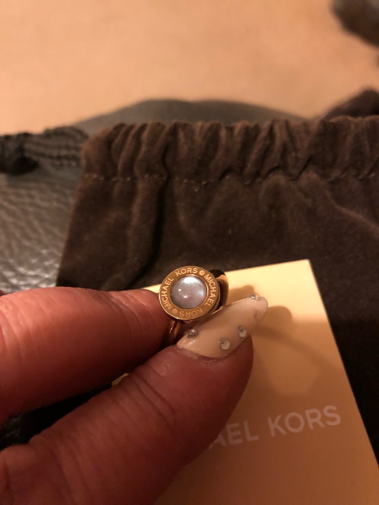 Michael kors Ring with Dust Bag and card
