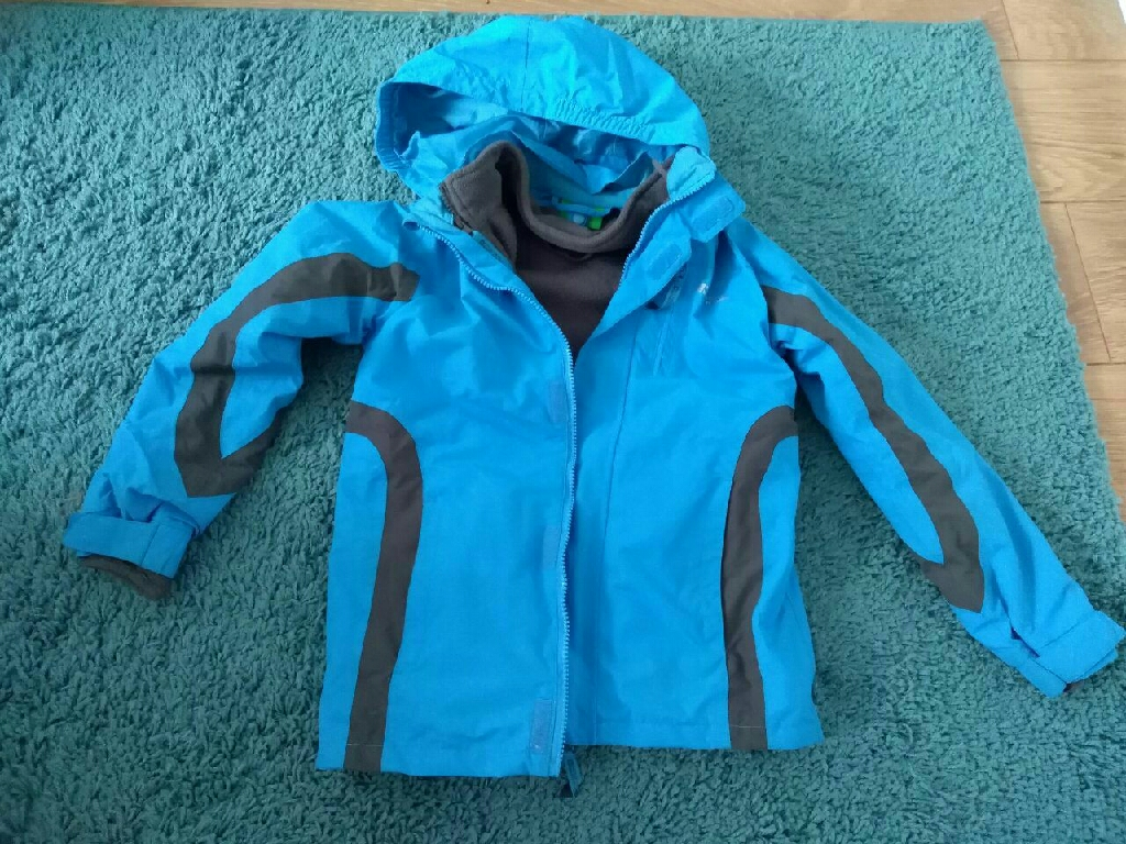 Boy jacket 9/10 years