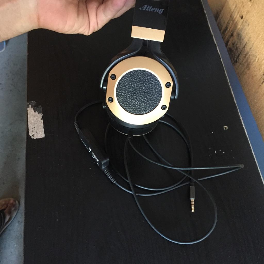 Alteng noise canceling headphones