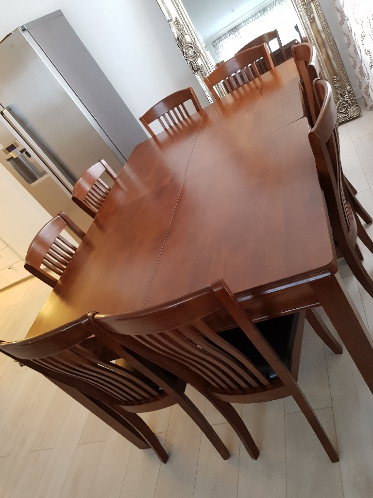 Mahogony Dinning set (8chairs and two extendable tables)