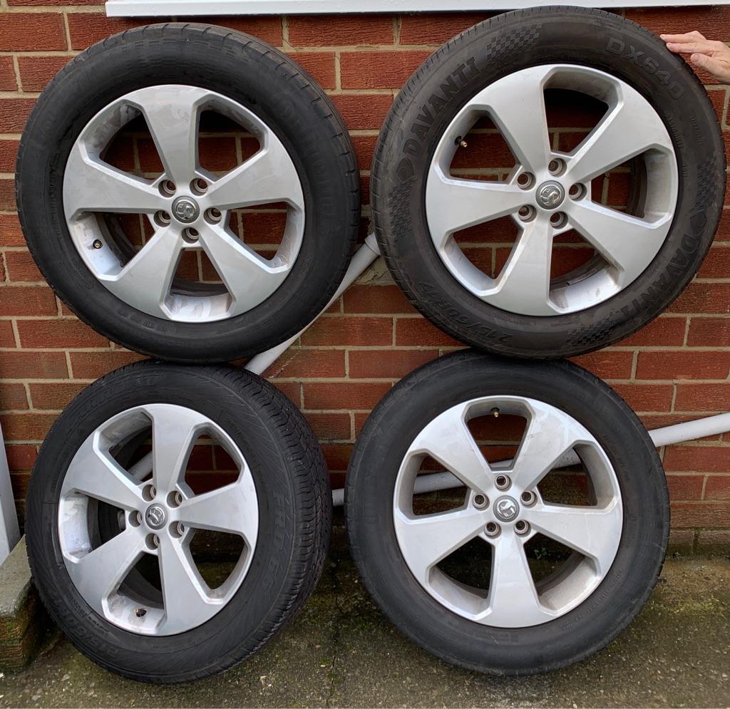 Vauxhall Mokka wheels + tyres