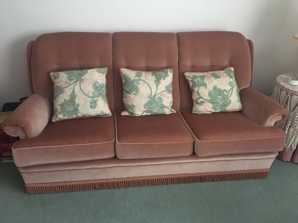 Parker Knoll 3 piece suite immaculate condition dusky pink £350 Ono