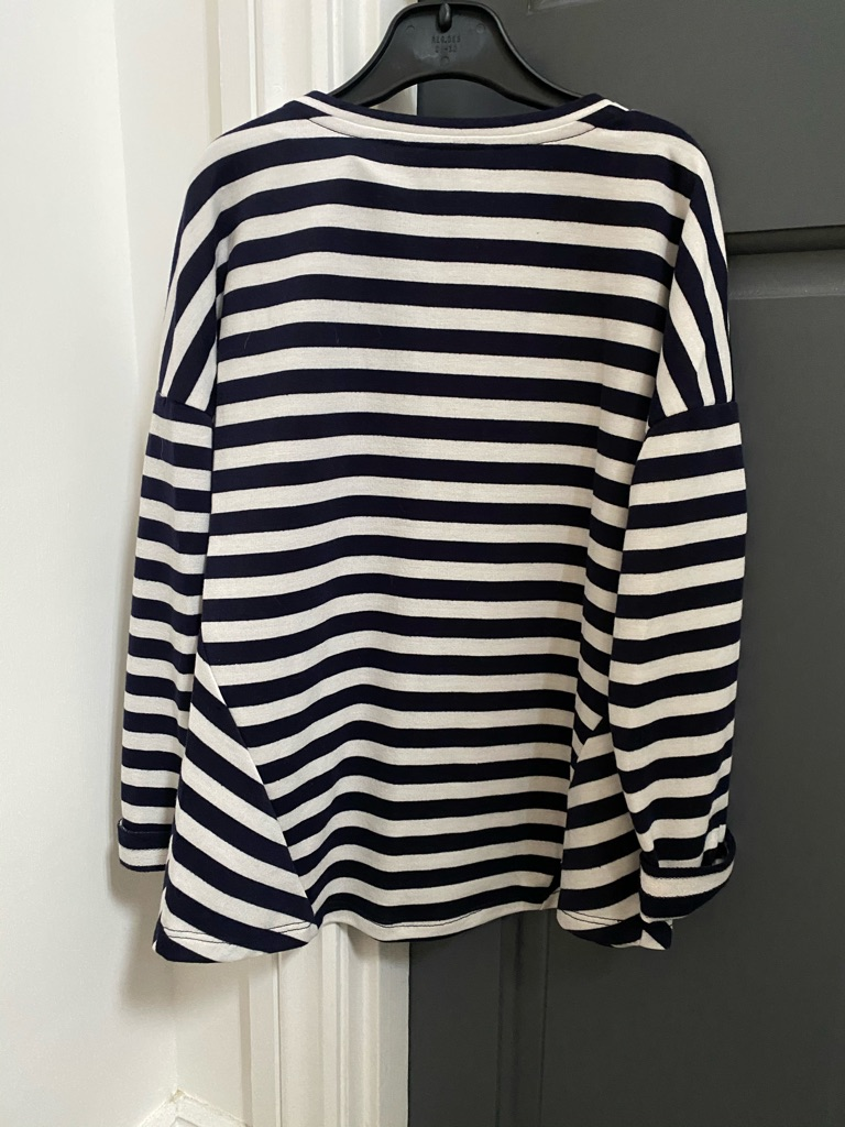 Black and White striped long sleeved top. 9-10yrs