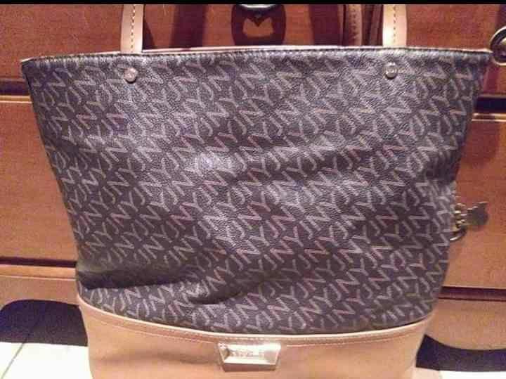 Jones New York bag