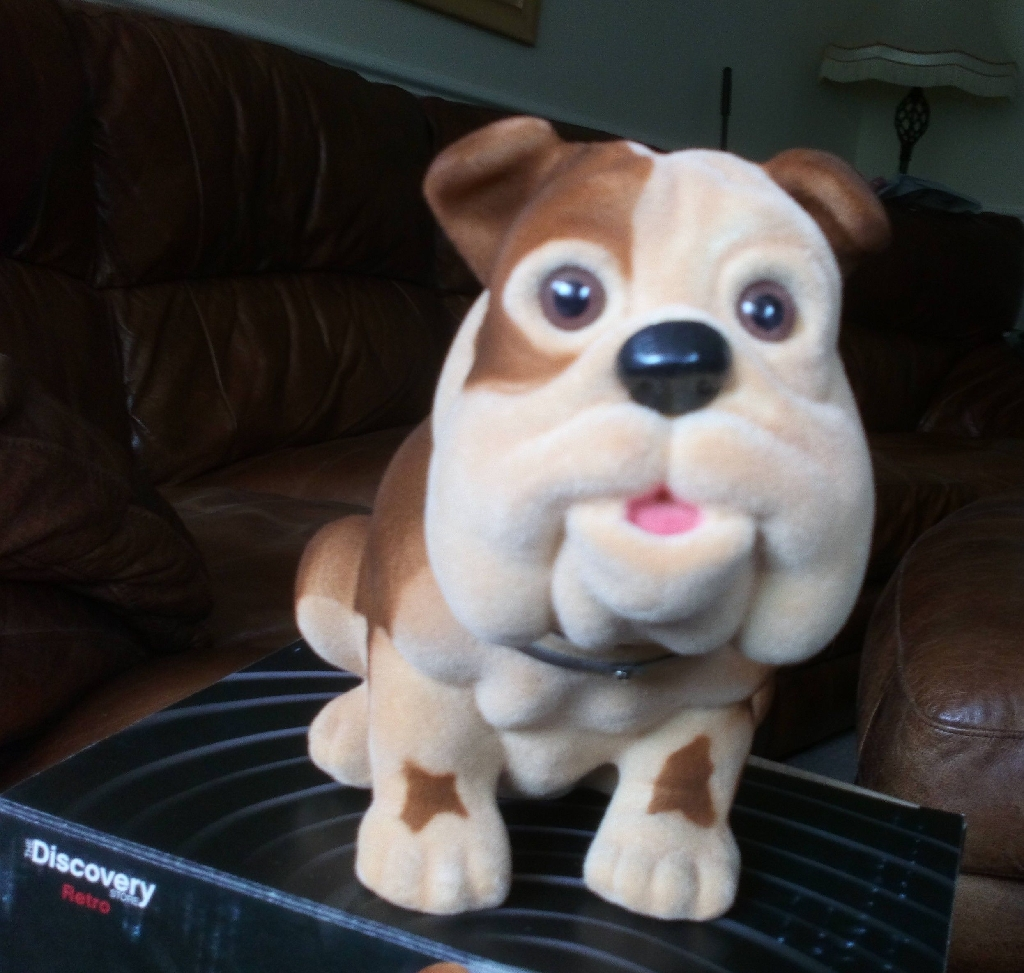 Churchhill Nodding Dog,,