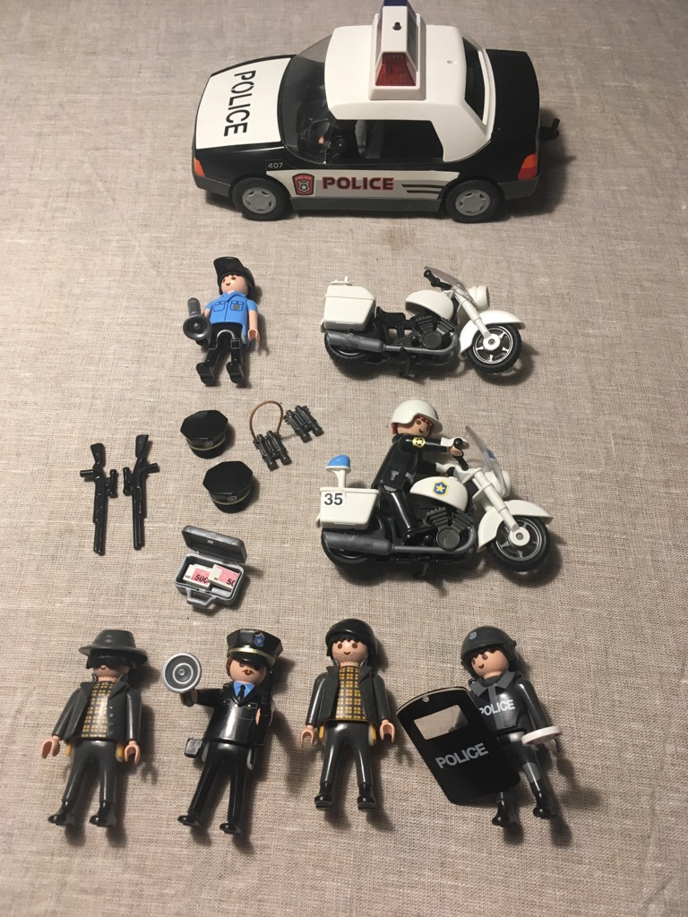 Playmobile Police figures and vehicles