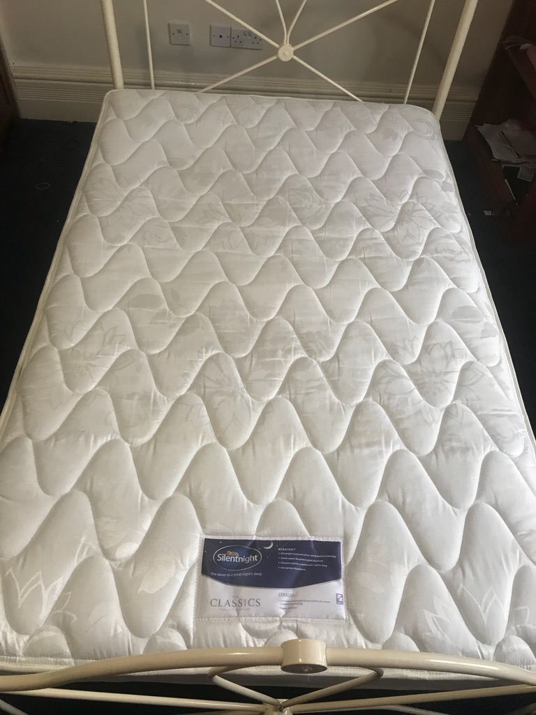Double bed and/or double Silentdreams mattress