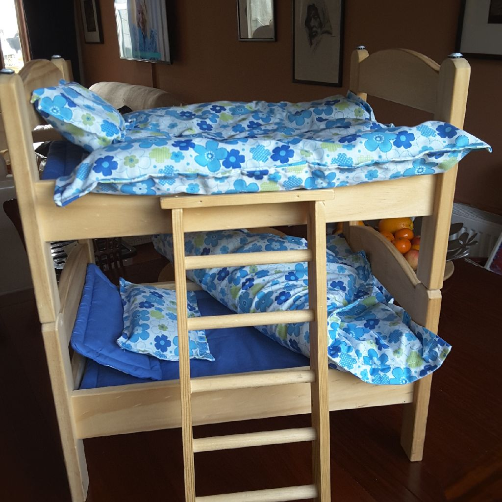 Pine Bunk Beds with ladder and covers