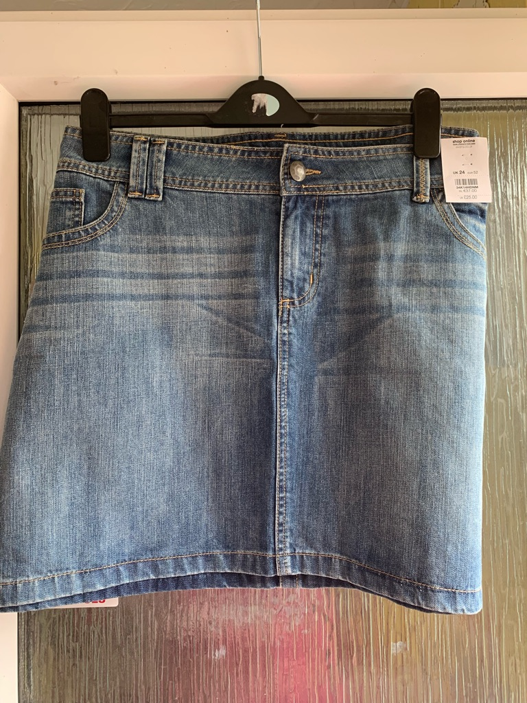 Brand new with tags Evans denim skirt size 24