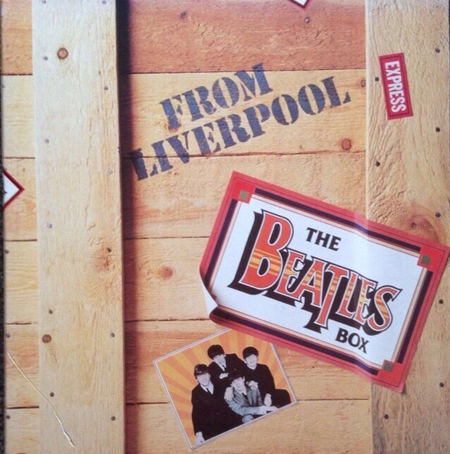 LP BOX SET 33RPM BEATLES RECORDS