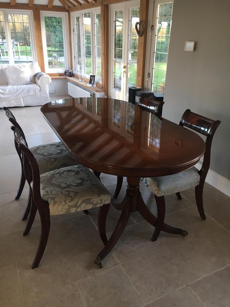 Beautiful Extendable Mahogany Table (Seats 6-8) & 4 Chairs